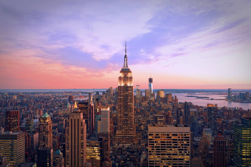 Top holiday deals to New York